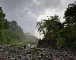 Riečka slnko dážď, tak častý zážitok z mojich potuliek po pobreží ostrova Saint Vincent v období dažďov.