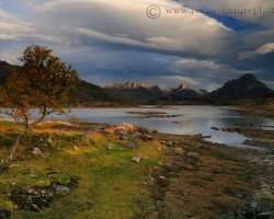 When throug to the clouds coms first rays - every memory quaetly saved of the beauty of Lofoten.
