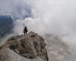 Spleť pocitov šťastia, strachu, veľkosti aj bezvýzmnamnosti sa mieši na končiaroch hôr